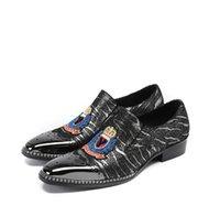 ingrosso scarpe mens cravatte nere-2018 Nuovo stile scarpe da uomo in metallo e cravatta in metallo moda fedi e mocassini da uomo moda taglie forti scarpe tacco alto taglia 38-46 G189