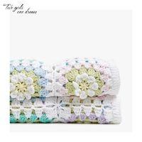 häkelarbeit tischdecken großhandel-DIY Handgemachte Häkelarbeit Decke Kissen Fühlte Bunte Gänseblümchen Matten Gehäkelte Tischdecke Mode Teppich Für Hochzeit 90 * 120 cm