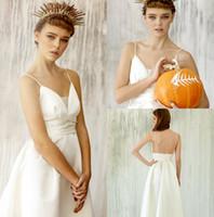 длина пола чисто белые платья оптовых-Pure White Boho Свадебное платье Спагетти Sexy Backless Длина пола Пляж Кантри Свадебные платья Свадебные платья на заказ