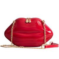 rote patentabendtasche großhandel-Frauen Rote Lippen Handtasche Hochwertige Damen Patent PU Leder Kette Schulter Crossbody Tasche Bolsa Abendlippen Form Geldbörse