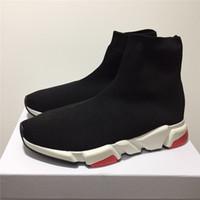 rahat gündelik ayakkabıları düz toptan satış-Adı Marka Yüksek Kalite Unisex Rahat Ayakkabılar Düz Moda Çorap Çizmeler Kadın Yeni Slip-on Elastik Kumaş Hız Eğitmen Koşucu Adam Ayakkabı Açık Havada