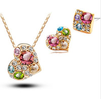ingrosso orecchini di tracciatura-Stile caldo transfrontaliero società di e-commerce stile coreano originale colore diamante cuore orecchini collana europea e americana due set