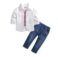 conjuntos de trajes de niño blanco al por mayor-2 unids niños pequeños juegos de moda para bebé niño camisa blanca + pantalones de mezclilla trajes algodón otoño niños conjunto