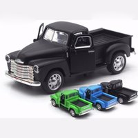 Wholesale diecast toy trucks online - 1 Chevrolet Pick Up Truck Diecast Alloy Model Car Toys with Sound Light