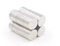 ingrosso i magneti di terra rari liberano il trasporto-Vendita calda Super Strong Round Cylinder 12 x 1.5mm Magneti Rare Earth Neodimio Spedizione Gratuita 630pcs