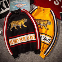 Wholesale christmas pullover sweaters - Tiger Sweaters BLIND FOR LOVE Letter Luxury Brand Pullover Christmas Sweaters Yellow Winter Sweatshirts Hoddies Long Sleeve