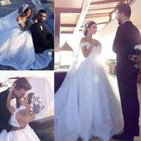 ingrosso abiti da sposa sexy-Plus Size Off The Shoulder Arabo Dubai Ball Gown Weddding Abiti floreali Appliques Organza Abiti da sposa Zipper Up Back Abiti da sposa