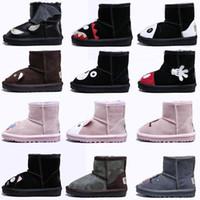 botas de niños pequeños al por mayor-Original WGG Botas para niños Zapatos de bota de snowboard de diseño de animales Lana australiana clásica para el cuero de la muchacha del muchacho Pequeños pies calientes