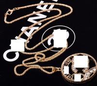 metal alfabe kolye toptan satış-Yeni kristal rhinestones İngilizce alfabe kolye kolye tasarımcı hediyeler moda aksesuarları