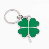 yapraklı yonca anahtarlık toptan satış-Paslanmaz Yüksek Kalite Yeşil Yaprak Anahtarlık Moda Yaratıcı Güzel Dört Yapraklı Yonca Çelik Şanslı Anahtarlık Takı