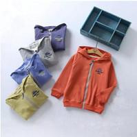 Wholesale kids raglan wholesale - Kids letters embroidery hoodie jacket 9colors cute solid color raglan sleeve children zipper hoody coat for boys girls 1-8T spring autumn B