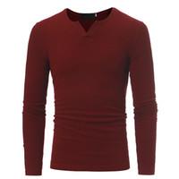 camisa nova da forma t do inverno dos homens venda por atacado-Moda Cor Sólida roupas masculinas T shirts Novo Outono E Inverno Homem de Manga Comprida Casual Com Decote Em V Tops T Camisa