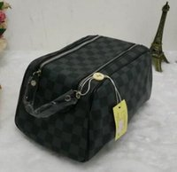 Wholesale high quality cosmetics - High-end quality men travelling toilet bag fashion design women wash bag large capacity cosmetic bags makeup toiletry bag Pouch