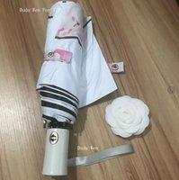paraguas vintage al por mayor-Patrón de flores de estilo C de Londres Paraguas para mujeres clásicas Logotipo vintage Automático, paraguas abierto y cerrado para lluvia o sombrilla con caja de regalo