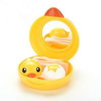 karikatür kontakt lensler toptan satış-Sevimli Mini Gözlük Aksesuarları Karikatür Ördek Tasarım Kontakt Lens Kutusu Kasa Tutucu Konteyner Vaka