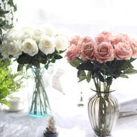 flores artificiales de un solo tallo al por mayor-10 unids / lote decoraciones de la boda Real touch material Flores Artificiales Rose Bouquet Inicio Decoración del partido de Seda Falsa solo tallo Flores Florales