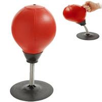 ingrosso aspirazione della sfera-Stress Relief Desktop Punching Sfera / borsa Buster, Decompressione per AdultiKids con una forte ventosa - Pompa inclusa
