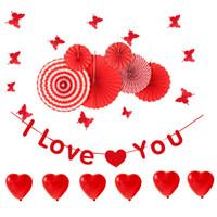 ingrosso ventilatori di carta rossa-Red Valentine'sDay Party Decoration Set Palloncino cuore / I LOVE YOU Banner / Paper Fan / Butterflies Wall Stickers Anniversario di matrimonio