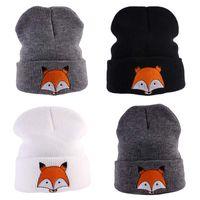 chapeaux tricotés pour enfants achat en gros de-Enfants Chapeau de Bande Dessinée Renard Imprimé Tricoté Cap Hiver Printemps Enfants Chaud Skullies Bonnets Garçons Fille Chapeaux bonnet