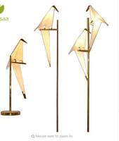 ingrosso vasi da fiore moderni-Lampada a sospensione a LED Nordic Sospensione Apparecchio a parete Applique Corridoio di carta Gru Shakable Bird Loft Soggiorno Lampada da parete ristorante