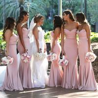 vestidos de novia sirena rubor al por mayor-Blush Pink Sweetheart Satin Mermaid Vestidos largos de dama de honor Fruncido hasta el suelo Invitado de boda Invitado largo Maid Of Honor Vestidos BM0732