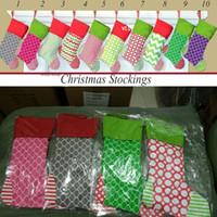 lienzos de navidad al por mayor-Decoración de la Lona de navidad Bolsas de Regalo de Navidad Inicio de Navidad Colgando Decorativo Impreso Raya Calcetines 100 unids OOA5917
