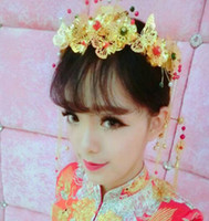 Wholesale chinese bride hair online - Chinese brides headwear costumes gold hair accessories hairpins five sets of wedding shows grain ornaments Phoenix crown bride access