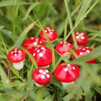 ingrosso funghi artificiali-590 pz / lotto 2 cm Artificiale Mini Mushroom Miniature Fairy Garden Moss Terrario Artigianato In Resina Decorazioni Pali Artigianali Per La Casa