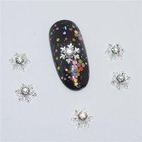 bastões adesivos venda por atacado-10psc New strass prata flocos de neve 3D Nail Art Decorações, liga encantos prego, pregos Pedrinhas Supplies # 578