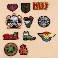 Wholesale iron patches skulls - 8P-03 high quality embroidered tactical patches W KISS HEART SKULL iron on patch for jacket cap armband army patch