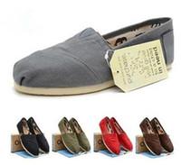 sapatas de lona do loafer venda por atacado-Presente livre 2018 Sapatos Casuais Mulheres / Homens Clássicos TOM MRS Mocassins Canvas Slip-On Flats sapatos Preguiçosos sapatos tamanho 35-45