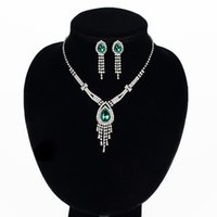 Wholesale foreign bride - New Korean version of the bride necklace jewelry items in foreign trade Europe and two sets of rhinestone claw chain jewelry set wholesale