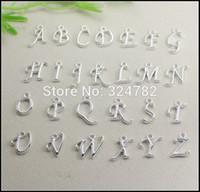 versilberte alphabets perlen großhandel-260pcs Silber / Gold überzog Metallalphabet-Buchstabe / A-Z Buchstaben-Anhänger-europäische Korne passendes Armband / Halskettenschmucksachefunde