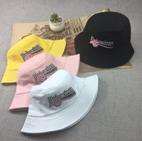 ingrosso uomini del cappello della corea-La nuova Corea del Sud carino pescatore cappello femminile estate lettere protezione solare cappello coreano uomini di protezione marea spedizione gratuita