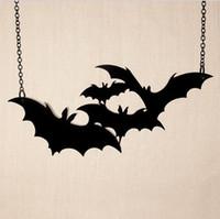 gran collar de moda negro al por mayor-12 unids Encantos Lindo de Halloween Moda Punk Negro Grande Vampiro Negro Gótico Bat Pandant Collar para Señora Collar Joyería Estudiantes regalo