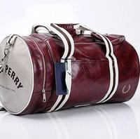 dışarda seyahat bagajları toptan satış-Özel Teklif 2018 Yeni Açık Spor Çanta Yüksek Kaliteli PU Yumuşak Leatherr Spor Çantası, Erkekler Bagaj Seyahat Çantası, Ücretsiz Kargo