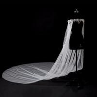 fleur de tulle en cristal achat en gros de-2018 hors épaule 3m cathédrale train mariage mariée Wraps Applique dentelle cristal perles avec 3d fleurs mariage capes de mariée