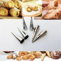 kuchen gebäck rohre großhandel-DIY Kuchenform Küche Backen Werkzeug Schokoladenkegel Form Edelstahl Spirale Gebackene Croissants Horn Gebäck Roll Rohre 0 9mr C R
