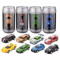oyuncak araba uzaktan kumanda mini toptan satış-Radyo Uzaktan Kumanda Yarış Araç Çocuk Oyuncakları Yüksek Hızlı Mini Coke Can RC Araba ile Çocuk Noel Hediye için Yol Blokları