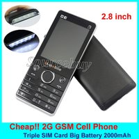 Novo 2.8 Inch 64MB + 32MB 3 SIM + 1 TF Slot Celulares Elderly MP4 mp3 Flashlight bluetooth Triple SIM Cheap Mobile Cell Phone