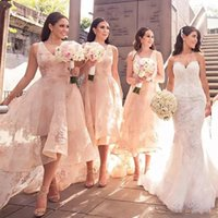 ingrosso damigella d'onore del merletto del collo alto-2018 Fashion High-Low Style Abiti da damigella d'onore V-Neck Applique in pizzo senza maniche Wedding Party Dress Sexy See Through Tulle Prom Dresses