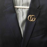 épingles à broches achat en gros de-Marque de mode Designer Hommes Femmes Suite Dress Pins Broches Or Jaune Plaqué Lettre G Broches pour Hommes Femmes pour Fête De Mariage Beau Cadeau