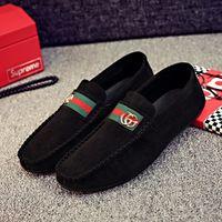 el yapımı i̇talyan erkek elbiseleri ayakkabı toptan satış-Erkekler Süet Deri Loafer'lar Ayakkabı Lüks El Yapımı Rahat Ayakkabılar Loafer'lar İtalyan Marka Tasarımcısı Erkek Elbise Ayakkabı Moccasins M-5 Üzerinde Kayma