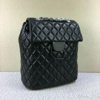 rucksack-brieftasche großhandel-Mode Frauen Lammfell Rucksack Designer Brief Diamantgitter Schultaschen 91122 haben Staubbeutel x # 116 Ketten Schultaschen Brieftasche