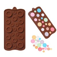 Wholesale cute fondant cookies - Wholesale- 1pc button shape Silicone mold chocolate cookies mold Cute fondant sugar cooking tools cake decoration for Christmas wedding s2
