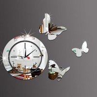 büyük 3d kelebekler toptan satış-Kelebek 3D Ayna Duvar Saati DIY Ayna Saatler Yansıtıcı Sticker İzle Modern Sanat DIY Avrupa Akrilik Büyük 3D Sticker Gümüş