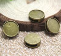 ingrosso antico base cabochon cammeo-10pcs / lot - Ciondoli di fascino in bronzo antico Cameo Cabochon Base, interno 14mm