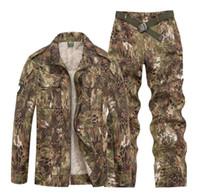 ordu kamuflajı üniformalı erkekler toptan satış-Kamuflaj Ordu Üniforma Erkekler taktik Kargo Pantolon Savaş Üniforma Ordu Erkekler ve Kadınlar Giyim Setleri Açık Avcılık Suit