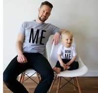 Wholesale mini son - Family matching clothing Father and son T-shirts MINI ME letter print Tops 2018 new Father's day short sleeve Tees C3521