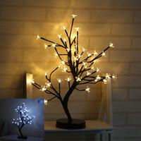 plantas artificiales luces led al por mayor-LED Lámpara decorativa Simulación Plum Blossom Potted Plant Flores artificiales Night Light Para la fiesta de Navidad Decoraciones de la boda 38yd UU
